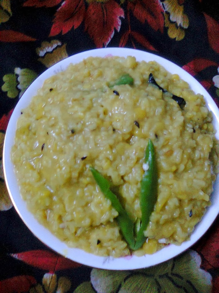 Hotch-Potch Of Golden Grams / Khichuri Bhog / Moong Dal Khichri / Pujar Bhog