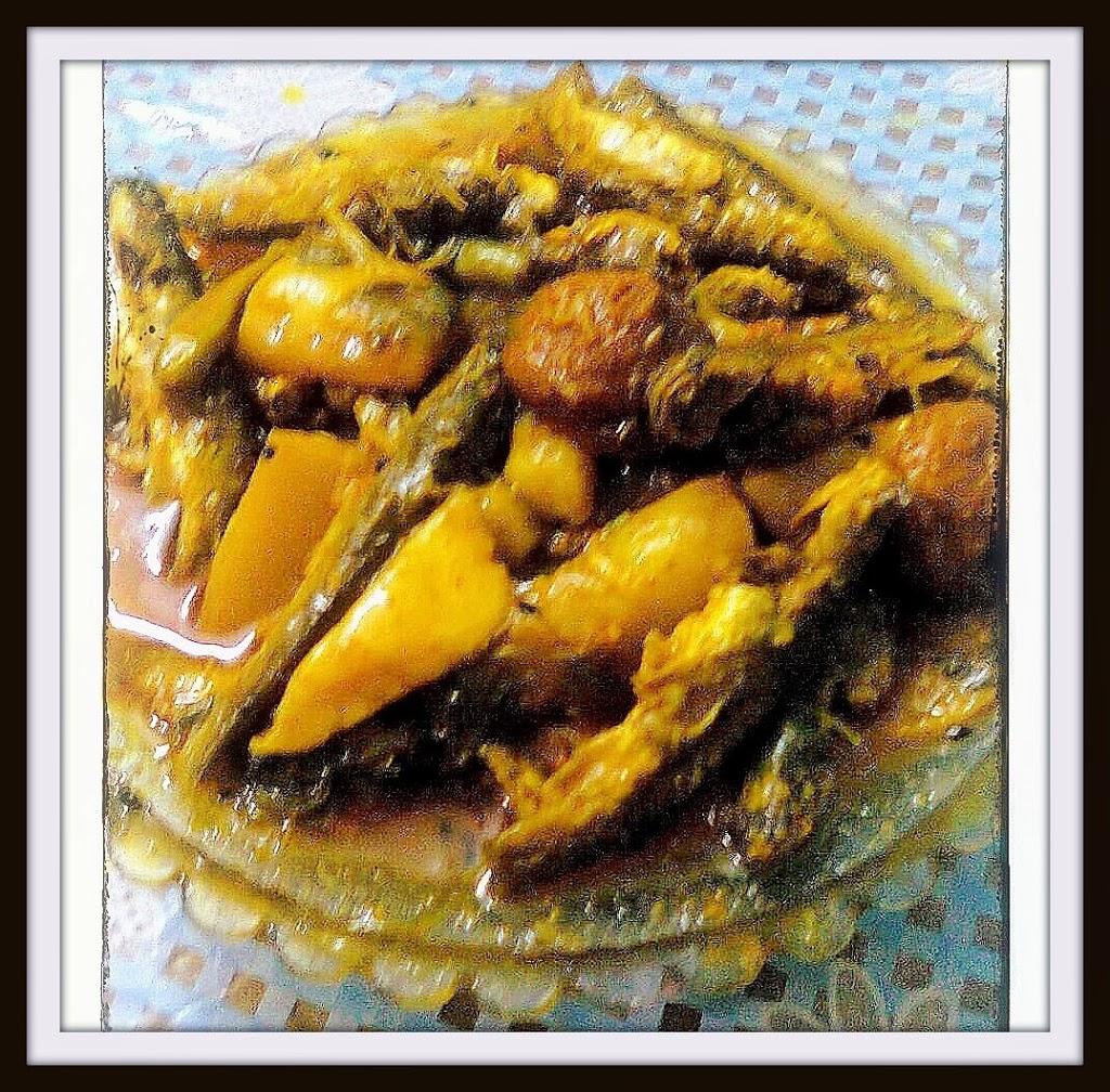 Tengra Fish Curry/Catfish with Potato And Radish/Moola Tengra