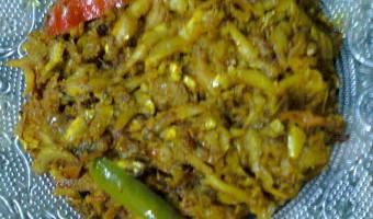 Dry Dish Of Kachki Fish / Kachki Macher Paturi