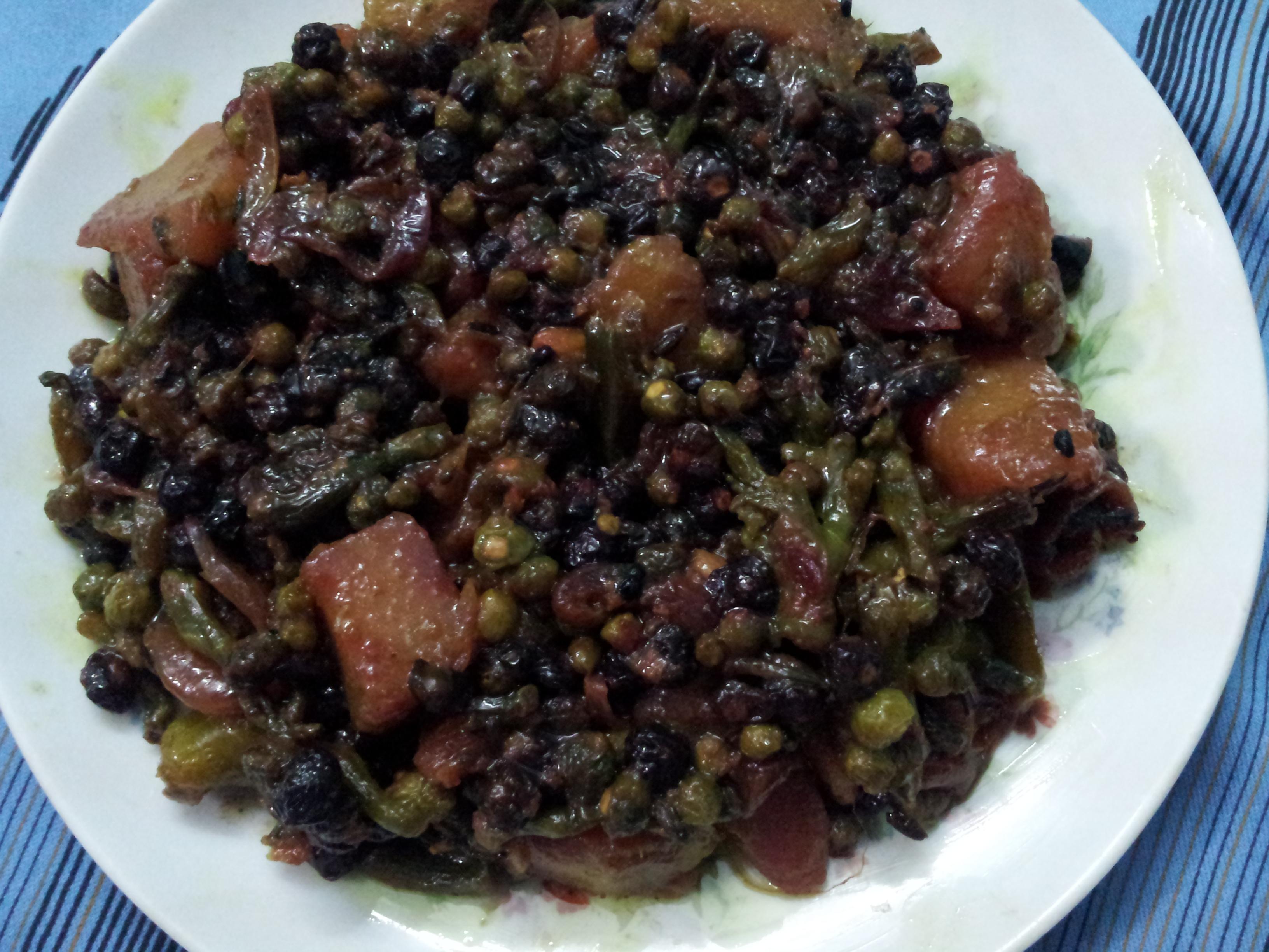 Pui Mituli  –  A Delicious Bengali Dish/Malabar Spinach Seeds (Pui Dana) Curry