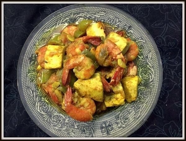 Shrimp-paneer-gravy