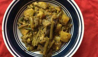Healthy Side Dish–Drumstick Curry (Diabetes Friendly)/Sojne Datar Torkari